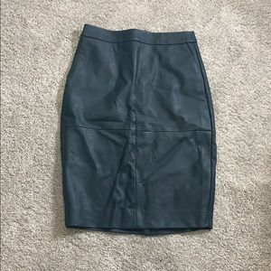 The Limited size 0 faux leather green pencil skirt